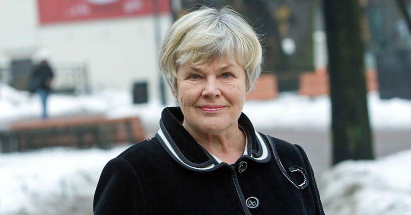 Elisabeth Rehn julistaa kaunokirjallisuuden Finlandia-voittajan marraskuun lopussa.