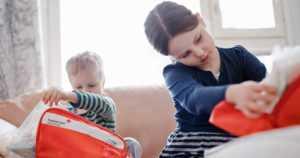 Jo pienet lapset oppivat toimimaan tapaturmissa – vanhempien ensiaputaidot näkyvät lasten valmiudessa