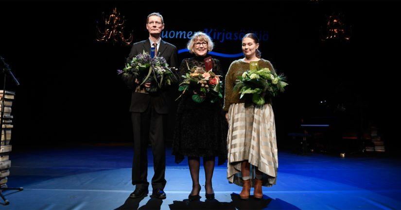Tämän vuoden Finlandia-voittajakolmikon muodostivat Juha Hurme, Riitta Kylänpää ja Sanna Mander.