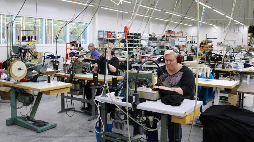 Teknisiin alus- ja väliasuihin erikoistunut Svala elää uutta nousukauttaan. Syksyllä käyttöön otettiin uusi tehdas ja tämän myötä myös työntekijöiden määrää tullaan lisäämään.