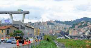Italiaan julistettiin kahden päivän suruaika – romahtaneen sillan alta etsitään yhä uhreja
