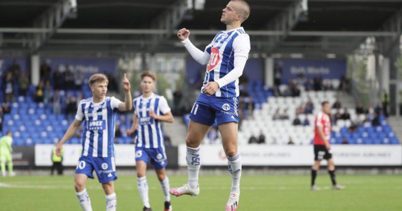 HJK juhlii maalia Veikkausliigassa