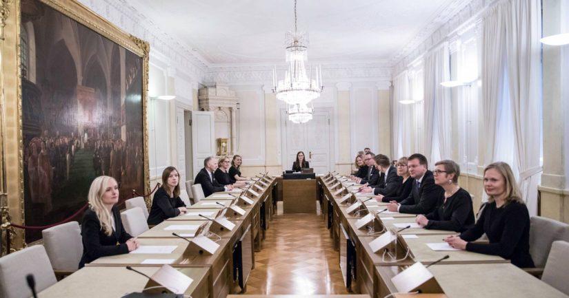 Syksyllä 2020 hallitus asetti alkuperäistä suuremman mutta aikataulultaan väljemmän työllisyystavoitteen.