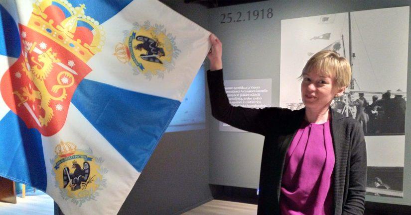 Museointendentti Hanna Rieck sanoo uudistetun jääkärimuseon tarjoavan kattavan läpileikkauksen ajanjaksosta, johon vaikutti olennaisesti autonomisen Suomen laitosten lakkauttaminen.