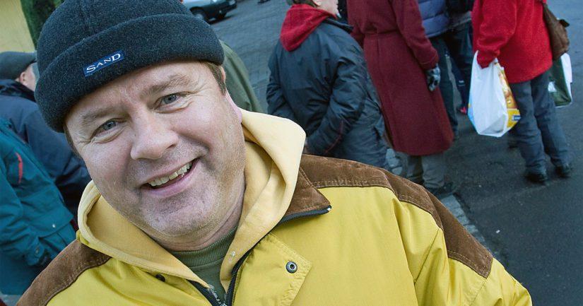 Heikki Hursti jatkaa vanhempiensa Veikko ja Lahja Hurstin aloittamaa työtä vähävaraisten auttamiseksi.
