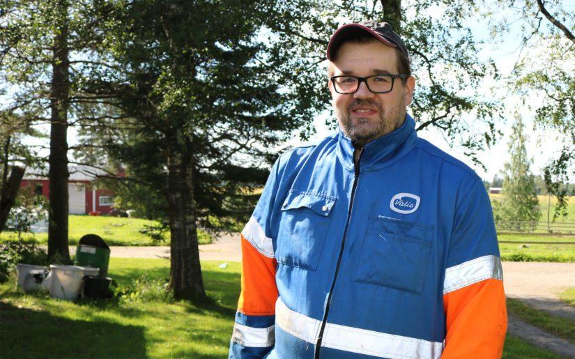 Agrologiksi (AMK) kouluttautunut Heikki pitää tärkeänä, että välillä myös omia tietotaitoja päivitetään. – Arvostan kouluttautumista ja annan arvoa myös ulkopuolisille asiantuntijoille.