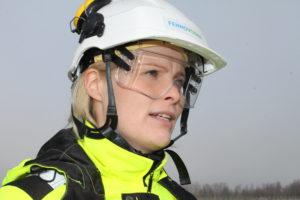 Turvallisuudesta ei Fennovoiman alueviestintäpäällikkö Heli Haikolan mukaan tingitä. (Kuva Anne Anttila)