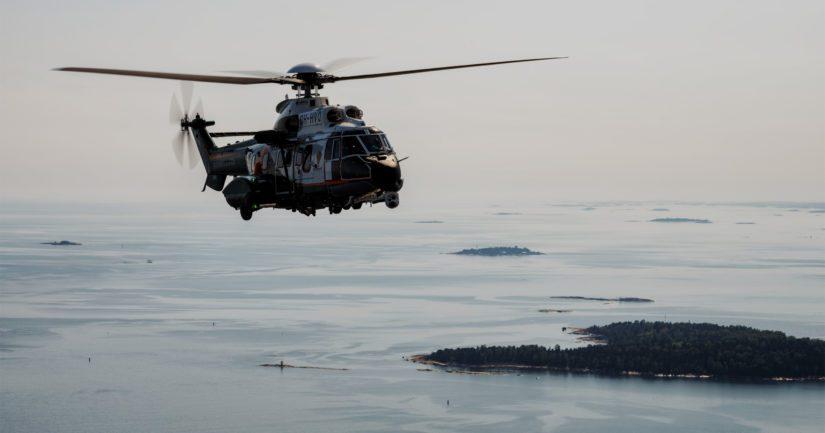 Laajoihin etsintöihin osallistui muun muassa meripelastushelikopteri.