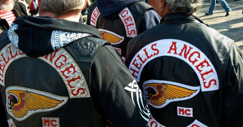 Rikoksista epäillään useita henkilöitä, joista osa kuuluu Helvetin enkelit tai Red Devils -rikollisjärjestöihin.