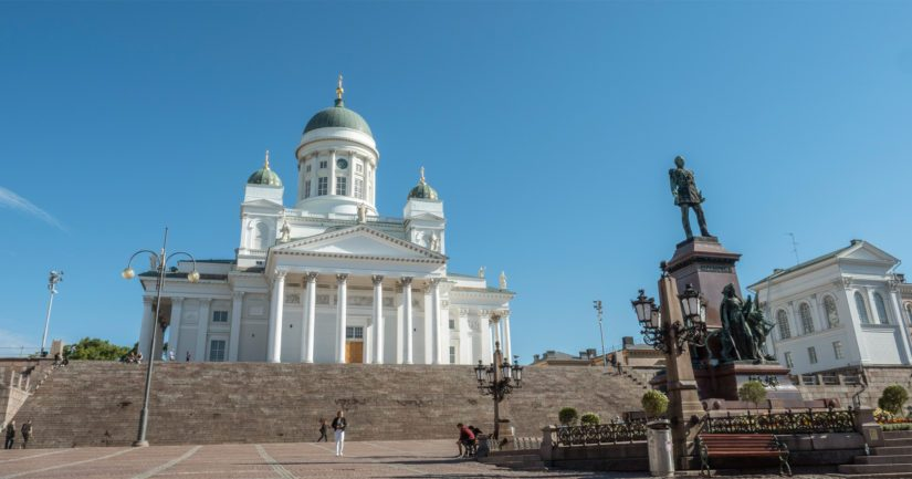 Helsingin tuomiokirkon päätorniin pääsee tutustumaan nyt virtuaalisesti.