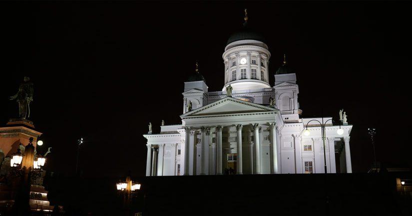 Myös Helsingin Tuomiokirkko on mukana WWF:n Earth Hourissa.