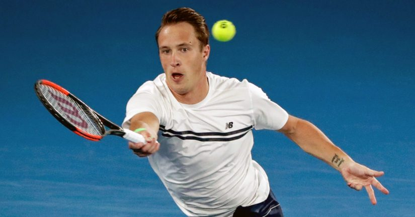 Henri Kontisen otteissa tenniskentällä alkaa olla taas tuttua tehokkuutta.