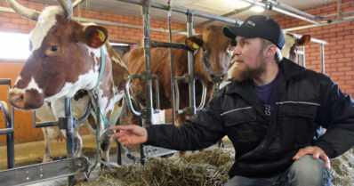 """Eläinten hyvinvoinnista ei Remeksen tilalla tingitä – """"Omaa osaamistaan ei kannata aliarvioida"""""""