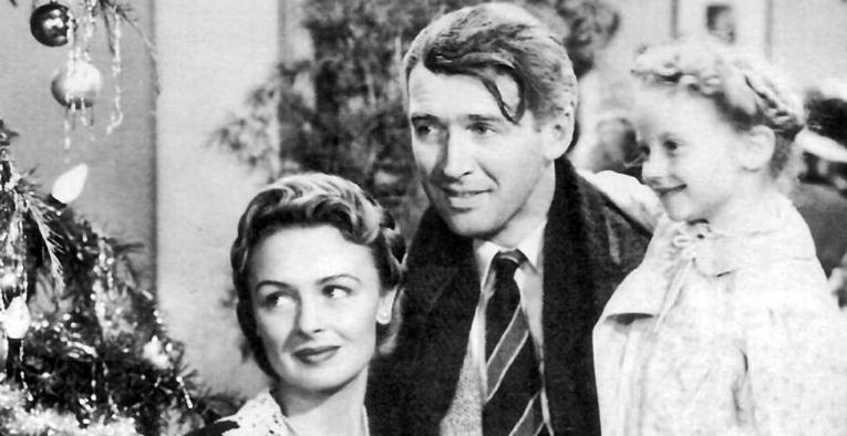Donna Reed ja James Stewart ovat pääosissa todelliseksi jouluklassikoksi nouseessa draamaelokuvassa.