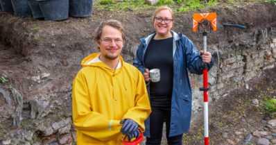 Arkeologinen kaivaus pureutuu Turun paloon – tänä kesänä löytyi jo satoja vuosia vanha hammas