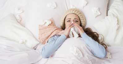 Nyt jyllää influenssa – näillä ohjeilla helpotat oloasi