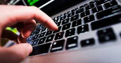 Uusi nettipoliisi aloittaa ‒ puuttuu jatkossa entistä näkyvämmin erilaisiin nettirikoksiin