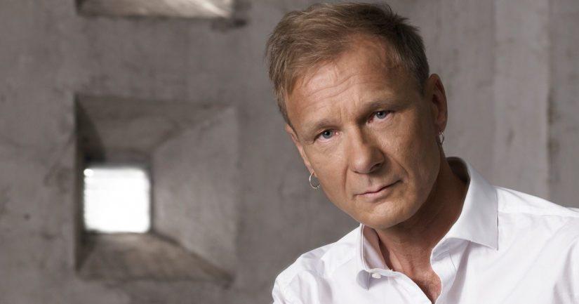 Kunniatohtoriksi vihittävä Ismo Alanko on yksi Suomen merkittävimmistä rockmuusikoista ja -lyyrikoista.