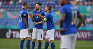 Italia jyrää EM-kisoissa – Turkki floppasi todella pahasti
