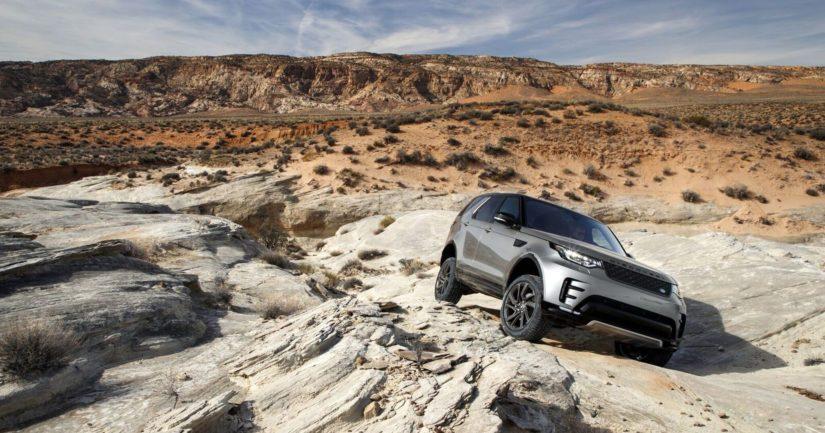 Land Rover lupaa 5D-teknologian mahdollistavan neljännen ja viidennen tason maastoajoautomaation.
