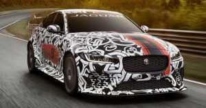 Jaguarin historian tehokkain malli on neliovinen sedan