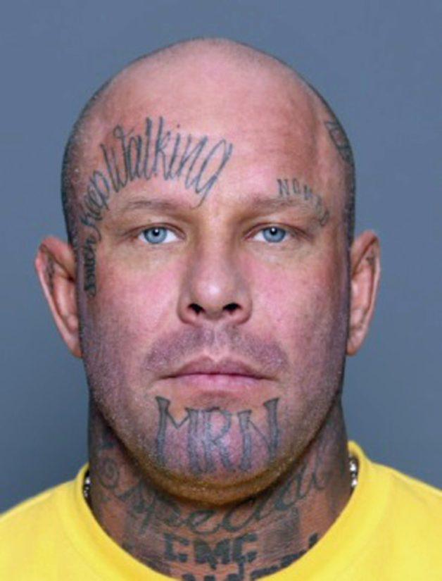 Janne Tranbergiä (s. 1974, pituus 180 cm) etsitään suorittamaan 649 päivää vankeutta ja vastaamaan syytteisiin 25 törkeästä veropetoksesta.