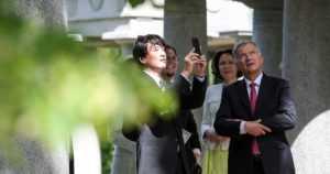 """Japanin kruununprinssipari vieraili presidenttiparin luona Kultarannassa – """"Otan yhden esimerkin: luottamus ja luotettavuus"""""""