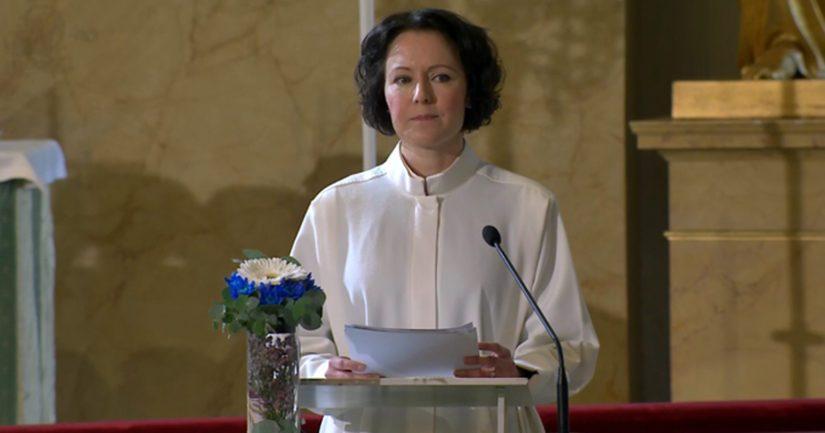 – Kun ajattelen lottia ja heidän toimintaansa isänmaamme parhaaksi, täyttää mieleni syvä kiitollisuus ja kunnioitus, sanoo tasavallan presidentin puoliso Jenni Haukio.
