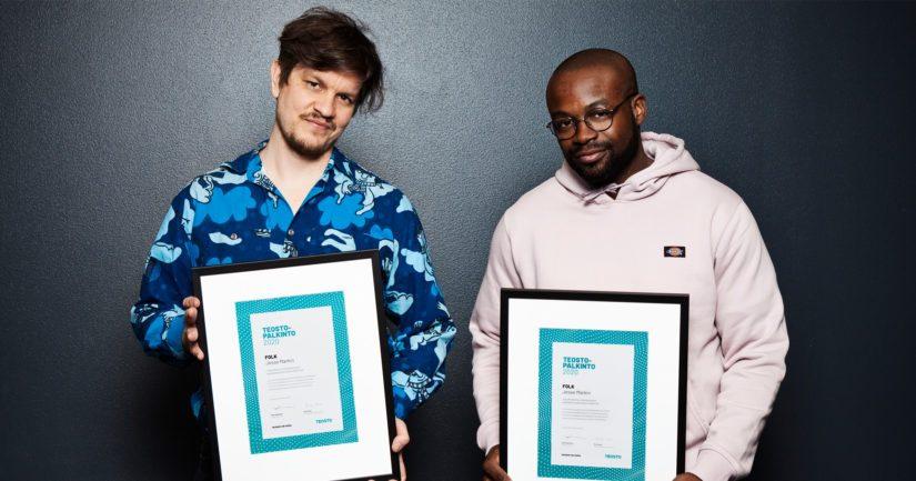 Raadin yksimielisellä päätöksellä Teosto-palkinnon saivat Jesse Markinin ja Totte Rautiaisen sävellykset ja sanoitukset levyllä FOLK.