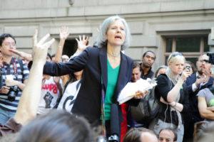 Vihreiden presidenttiehdokas Jill Stein Occupy Wall Street -mielenosoituksessa. (Kuva Paul Stein)