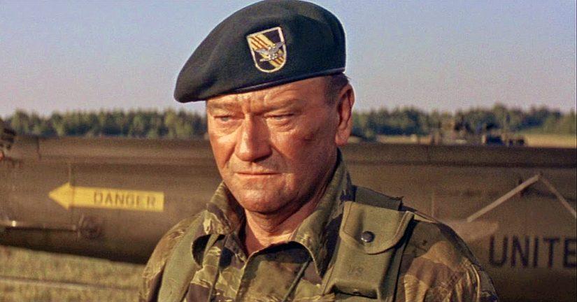 Vihreät baretit -elokuvan pääosassa olleen John Waynen esittämän hahmon esikuva oli Törni.