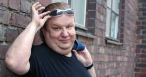 Jope Ruonansuu on poissa – monipuolinen viihdetaiteilija kuoli 56-vuotiaana
