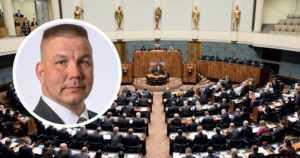 Eduskunta ei murtanut kansanedustajan syytesuojaa – myös keskustasta siirryttiin opposition kannalle