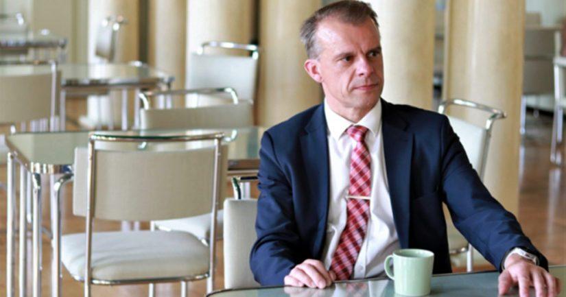 Keskustan eduskuntaryhmän puheenjohtaja Juha Pylvään pitämä puhe aiheutti kohua mediassa.