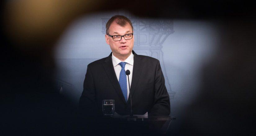 Pääministeri Juha Sipilä oli Hjalliksen saunakaveri Sipoonrannassa, ja juuri siellä lyötiin löylyä myös Veikkauksen hallituspaikalle.