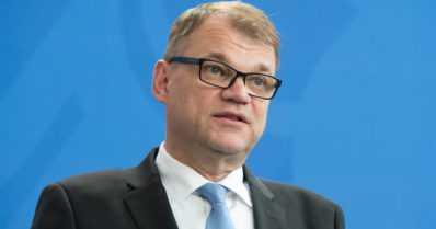 """Juha Sipilä herätysjuhlissa: – """"Poliitikko valehtelee kun ymmärtää tahallaan väärin"""""""