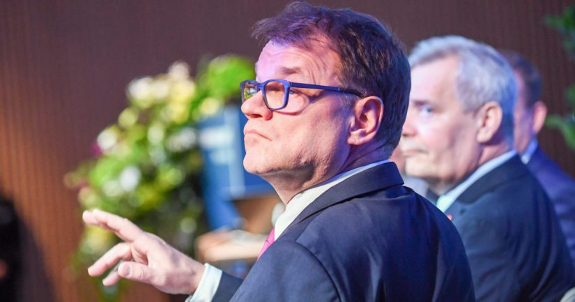 Entisten pääministereiden Juha Sipilän ja Antti Rinteen ateriakulut Kesärannassa löytyvät poliisin esiselvityksestä.