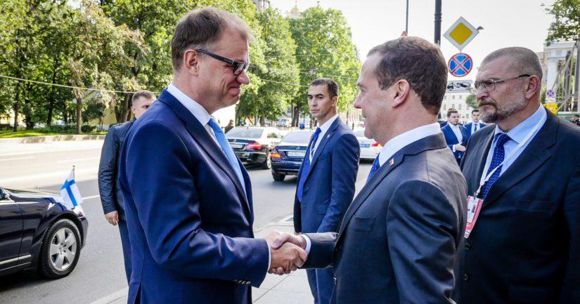 Pääministeri Juha Sipilä ja Venäjän pääministeri Dimitri Medvedev tapasivat Pietarissa torstaina.