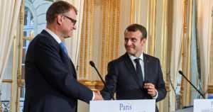 """Sipilä ja Macron tapasivat Pariisissa – """"Puolustusyhteistyö etenee nyt nopeasti"""""""