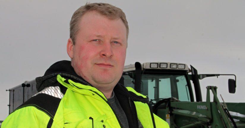 Juhani Piukkala sanoo mielellään osallistuvansa myös erilaisiin koulutustilaisuuksiin. – Kävin jopa luomukurssit, vaikka luomutuotantoon siirtyminen ei ole tämän hetken asia.