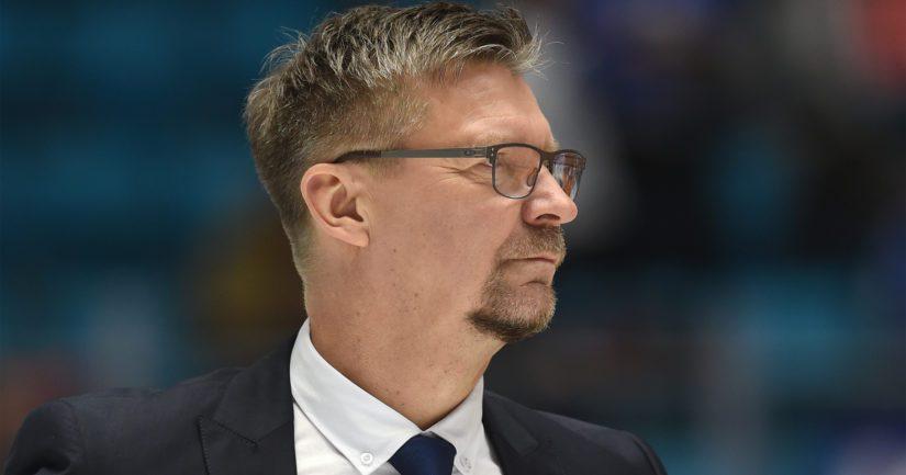 Jukka Jalonen luotsaa Suomen miesten jääkiekkomaajoukkuetta.