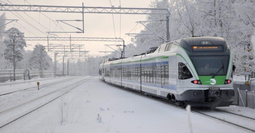 VR on yhdessä HSL:n ja Finrailin kanssa päättänyt perua osan pääkaupunkiseudun lähiliikenteen junavuoroista.