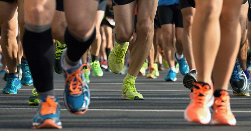 Kestävyyslajeja harrastaneet urheilijat elivät pidempään kuin voimalajeja harrastaneet.