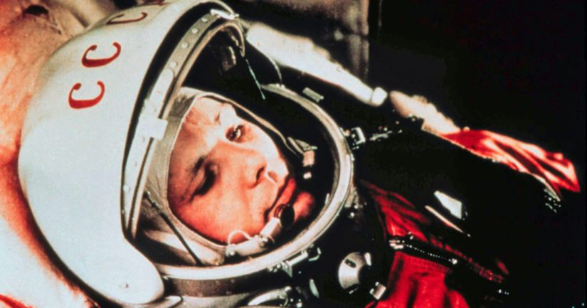 Huhtikuun 12. päivä vuonna 1961 vei neuvostoliittolaisen avaruusohjelman johtoon kilpajuoksussa amerikkalaisten kanssa.