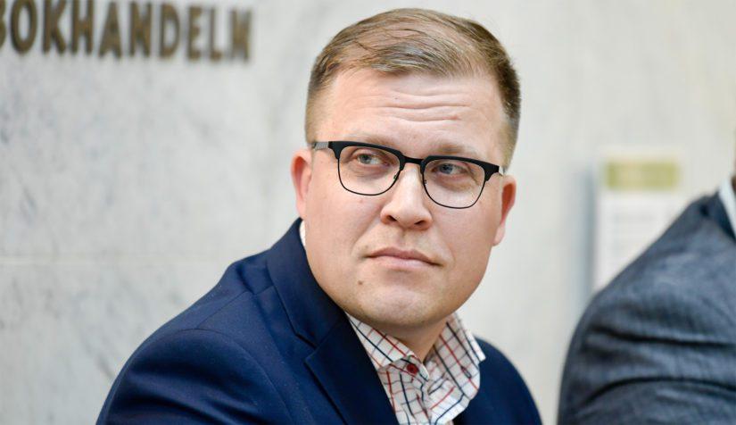 Ylen silloinen ajankohtaistoimituksen esimies Jussi Eronen piti Orpon yhteyttä omistuksensa piilottelevaan tukijaan uutisena, päätoimittaja ei.