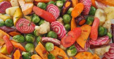 Juureksia arkeen ja juhlaan – paahda ja höyrytä, mausta ja täydennä