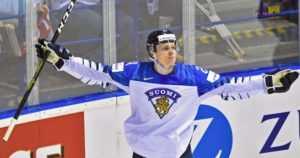 Tekeekö Kaapo Kakko historiaa? – NHL-draftin ennusmerkit eivät sitä puolla