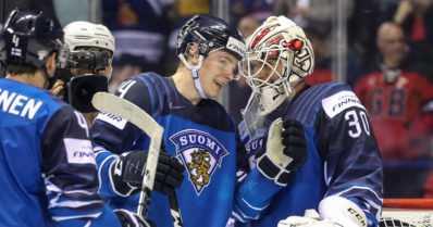 Leijonien ensikertalaiset kaatoivat Kanadan tähdet – Suomi teki heti MM-kisojen jättiyllätyksen