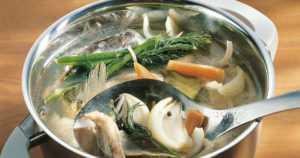 Ruokahävikki maukkaaseen hyötykäyttöön – itse tehty kalaliemi antaa resepteille upean ja syvän maun