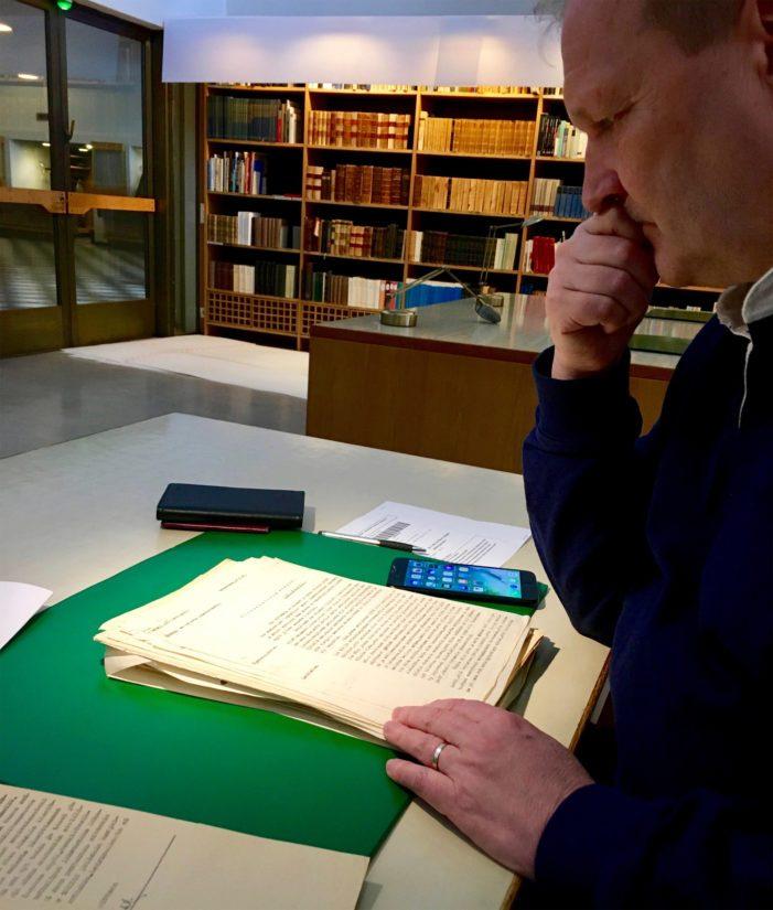 Kirjoittaja kävi Kansallisarkistossa tarkistamassa tutkijoiden esittämät perättömät väitteet.